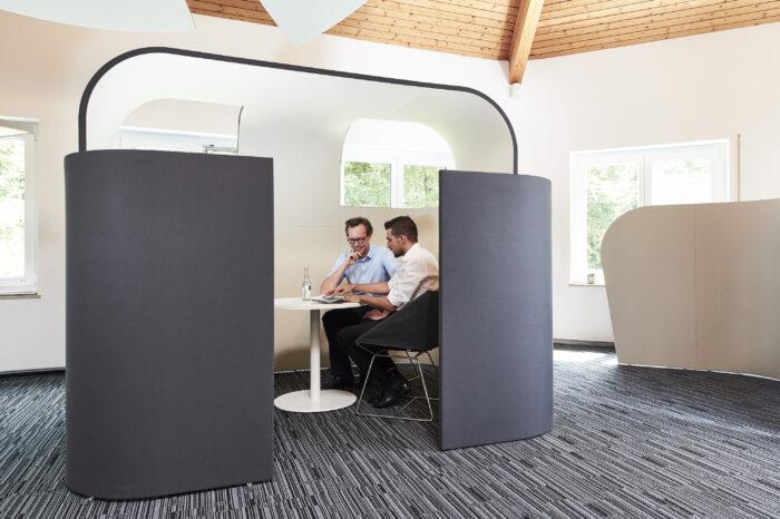 Decato Discreto als Raum in Raum Absorber für Großraumbüros oder große Flächen
