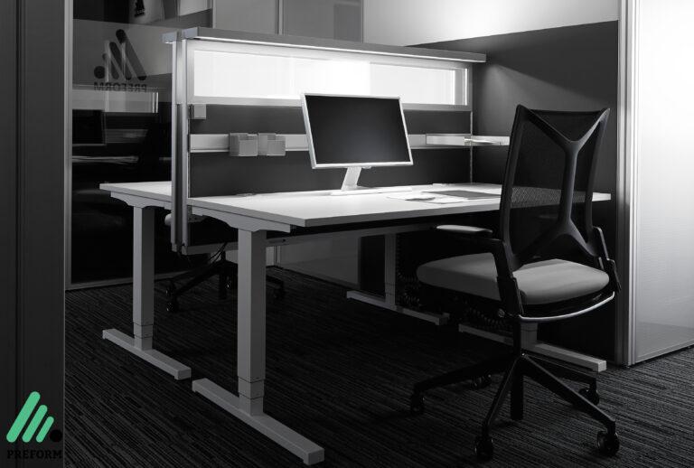 Bildergalerie AWL aufgeräumte Leuchte am Arbeitsplatz