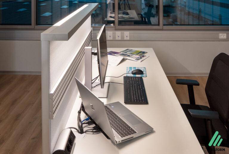 Referenz TIGER Coatings - Akustiklösungen für Ihr Büro mit der Arbeitsplatzbeleuchtung von Preform