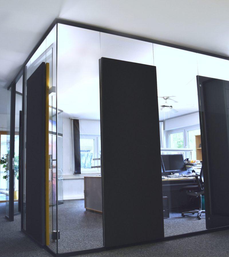 PreGlass Raum in Raum System mit Glas Trennwand für Einzelarbeit oder Meetings für Schallschutz im Büro