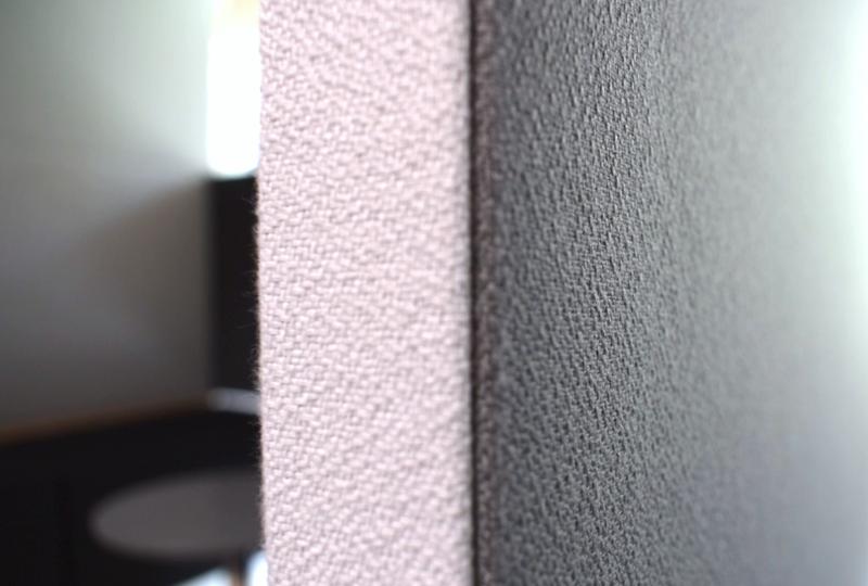 Nahaufnahme der Akustikwand von Meetingraum Prespace Tube